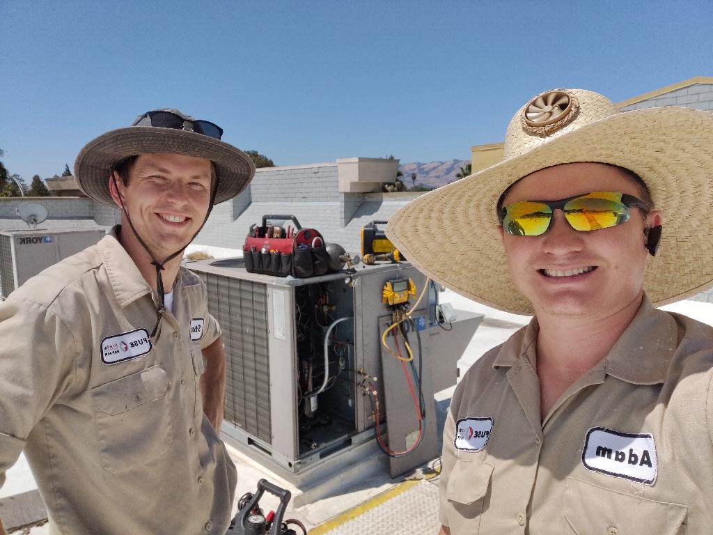 Rooftop heat pump repair